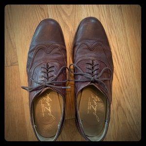 Frye Brown Leather Wingtip Oxfords